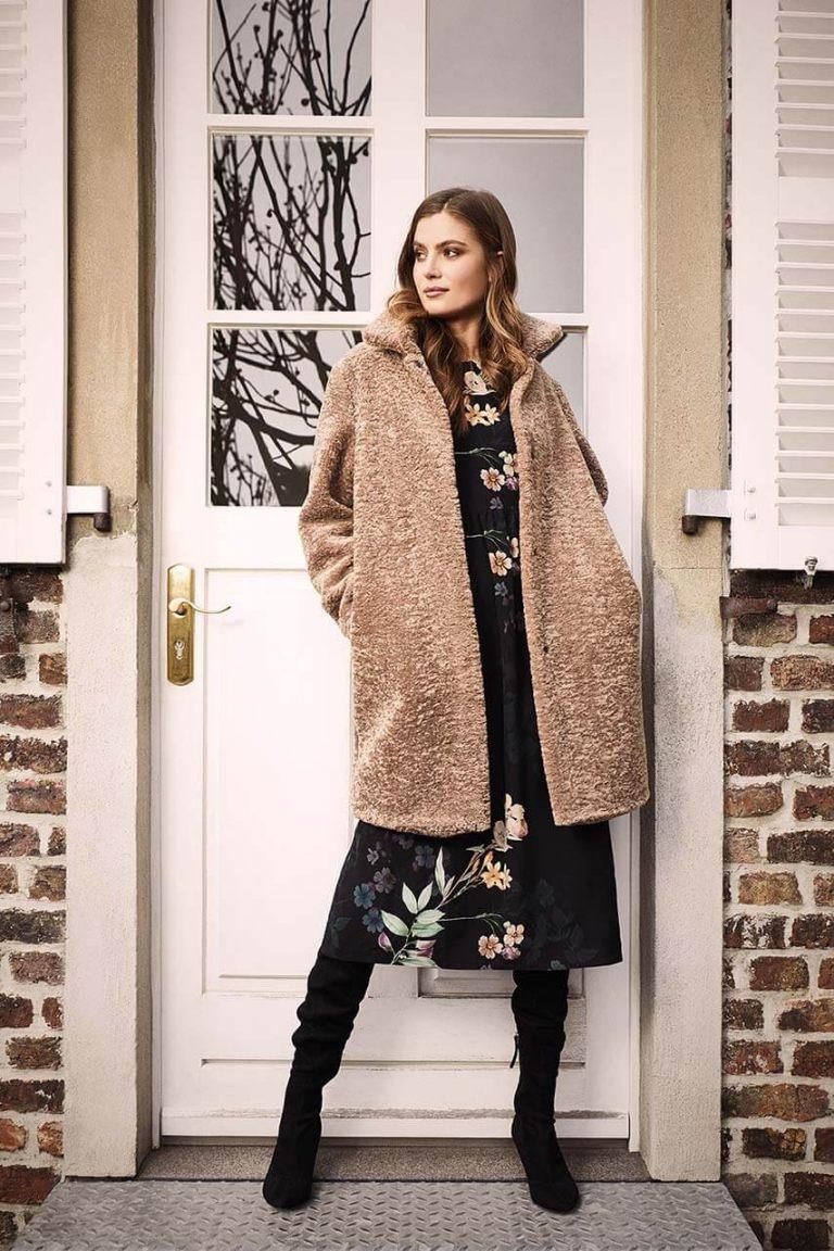 CINQUE_Fall_Winter_2020_Female_Coat_02_02